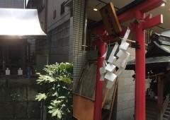 街角の神社1